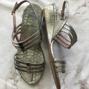 Stuart Weitzman Silver Metallic strappy Sandals